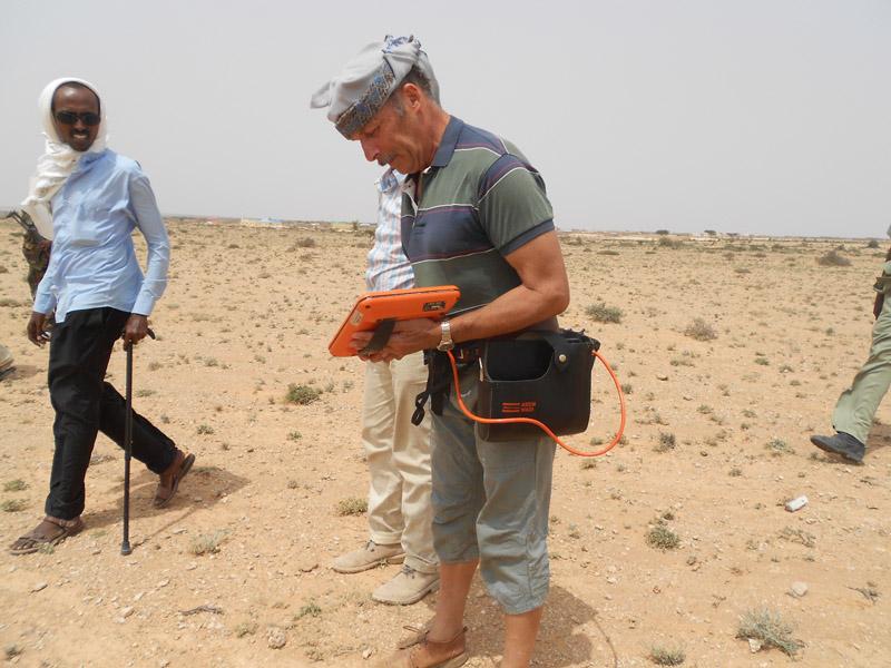 Undersökning med VLF-instrumentet i Somalia.